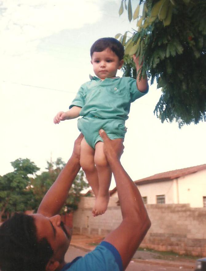 Ode a infância Allan Lucena